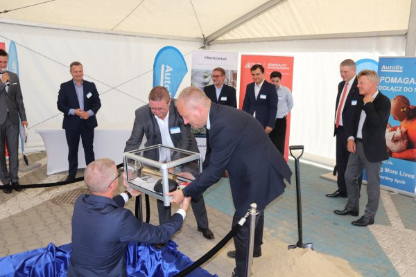 Autoliv investment in Jelcz-Laskowice - cornerstone laid!