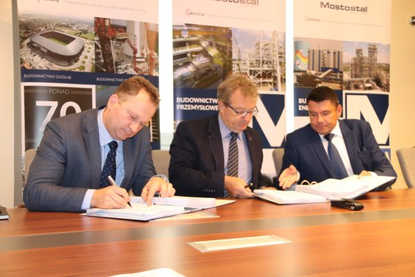 Mostostal Warszawa develops in energy construction. The company signed a contract for a 132 MW heating plant